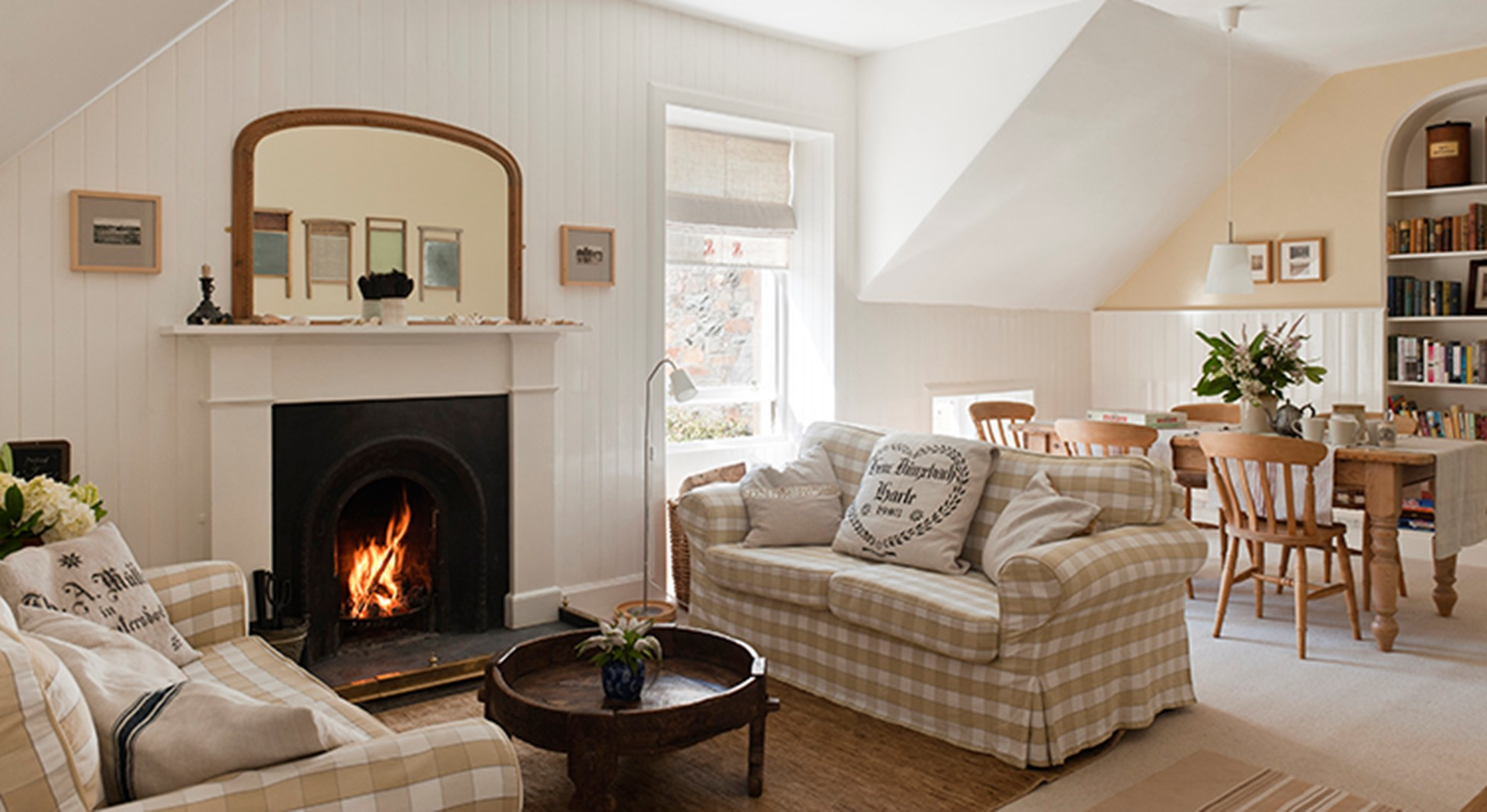 Should You Sell Your Home Now or Wait Until Spring? 1 West Hartford Interior fireplace